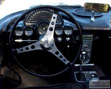 Corvette_Stearing_dash.jpg