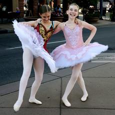 Dancing_in_The_Streets_2_4619.jpg