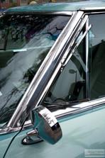 Buick_Riveria.jpg