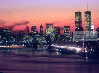 Lower_Manhattan_from_east_side_Red.jpg