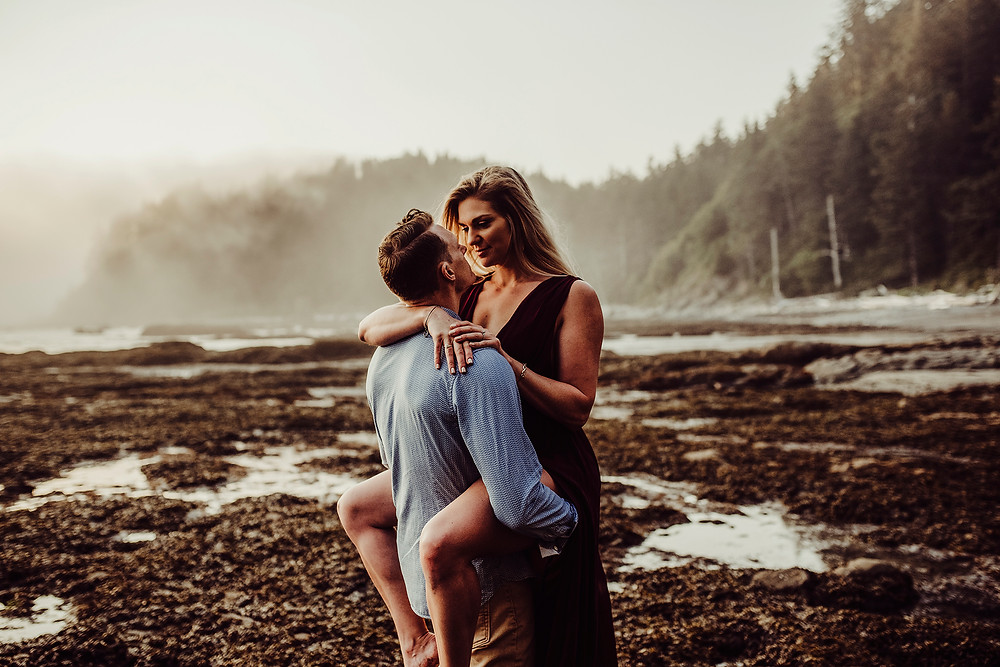 engagement photos, rialto beach, forks, wedding photographer, couples session, love session, adventure session , pnw