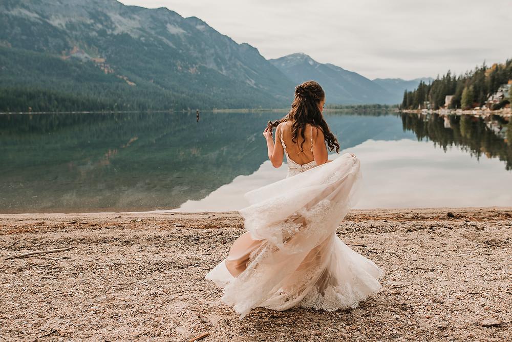 bridal portraits, travelling photographer, wedding photographer, destination wedding photographer, bridal portraits, lake wenatchee, bride, leavenworth wedding, rosendahl photography