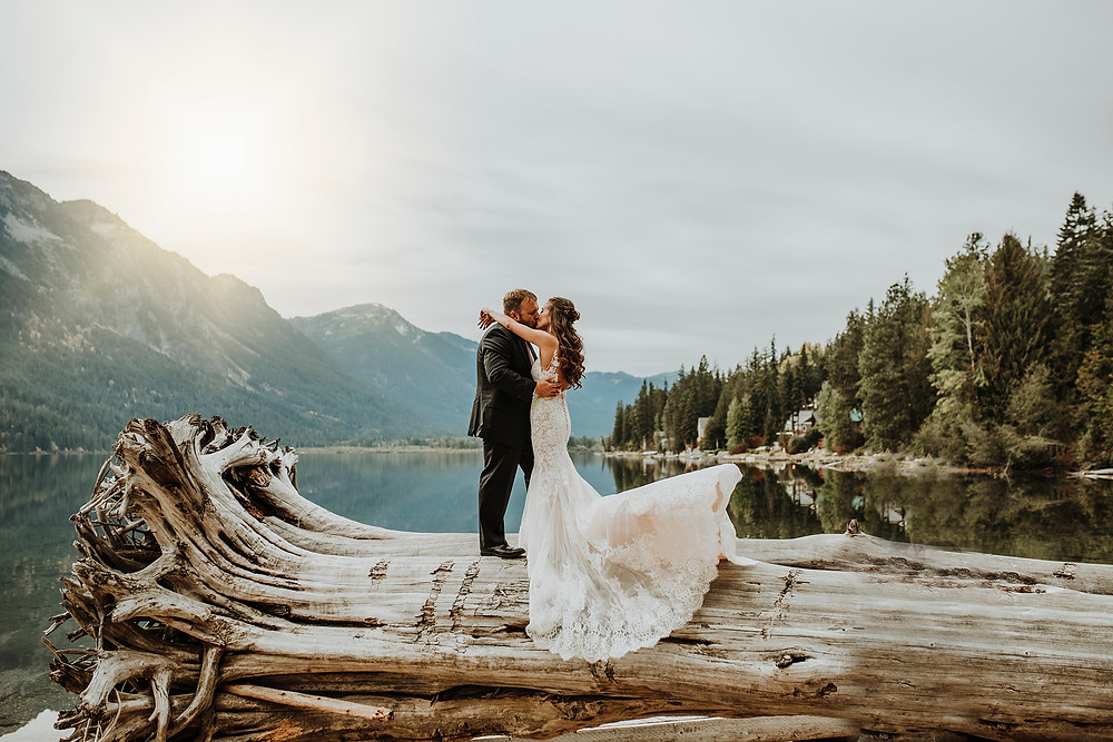 bride and groom, first look, lake wenatchee, leavenworth wedding, browns family homestead , october wedding, fall wedding