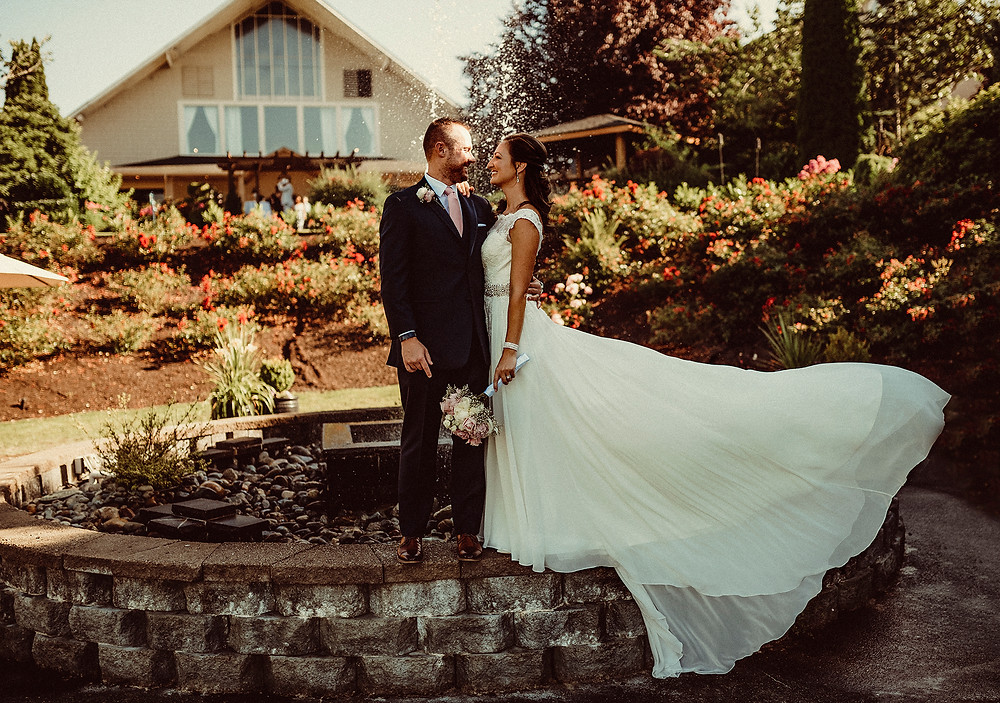 lord hill farms venue, rosendahl photography, wedding day , wedding photographer, pnw, bride and groom ,