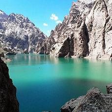 karakol, altyn-arachan, ala-kul, trek à pied, circuit à pied, trekking à pied Karakol, route de la soie, trek dans la vallée de suusamyr, keukeumeren, song-kul, trek à song-kol, randonée vallée de suusamyr