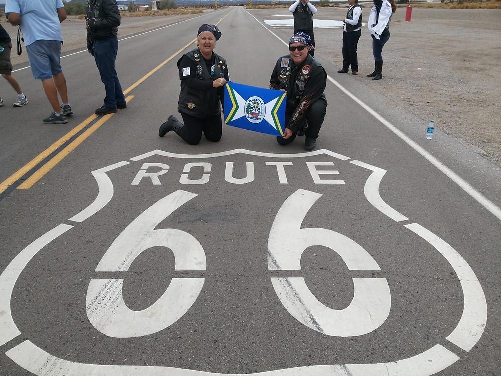 Há 5 anos, com a esposa Eliana, que morreu de infarto ano passado, nos EUA, fazendo a Route 66