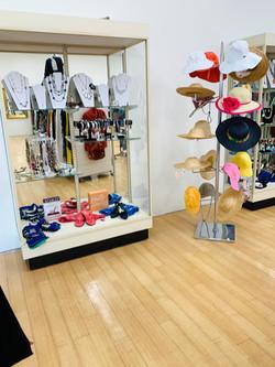 Thrift Shop 04213