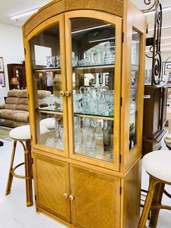 Thrift Shop 04211
