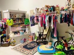 Thrift Shop 04217