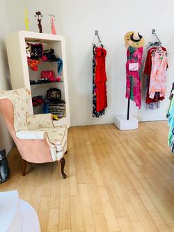 Thrift Shop 04215