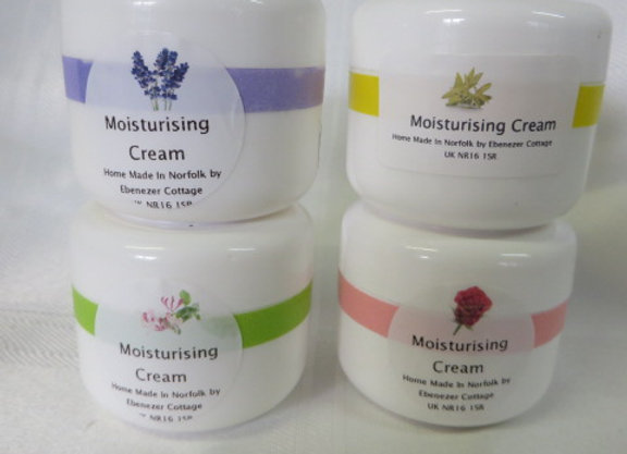 Honeysuckle Moisturising Cream