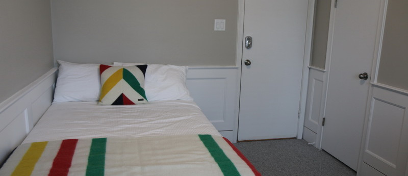 Room 34 Double Bed_resize.jpg