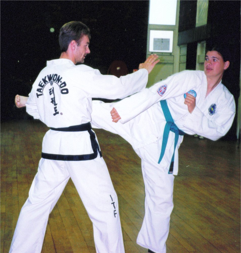 Knifehand Guarding Block application