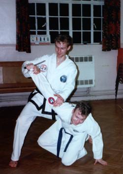 Knife defence, 1994