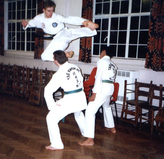 Flying Side Kick, 1994