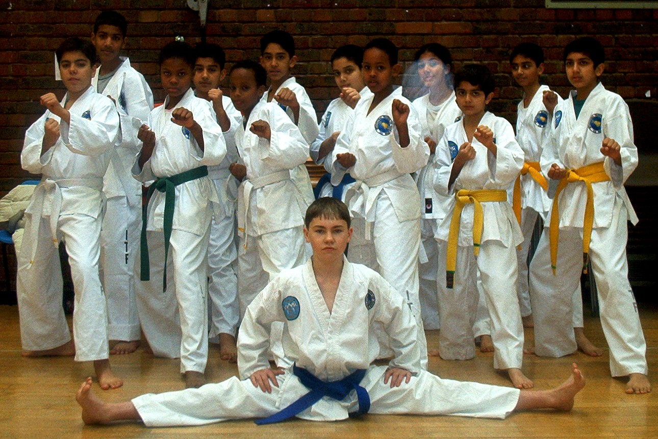 Group shot (Kids class), 2002