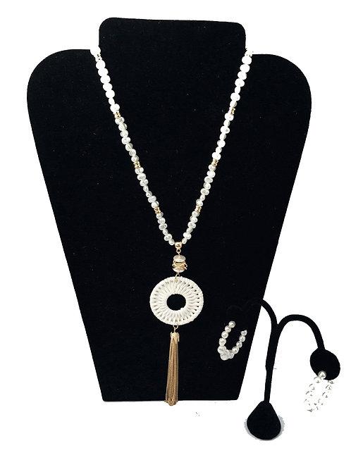 Delicate White  Pearl Necklace Set