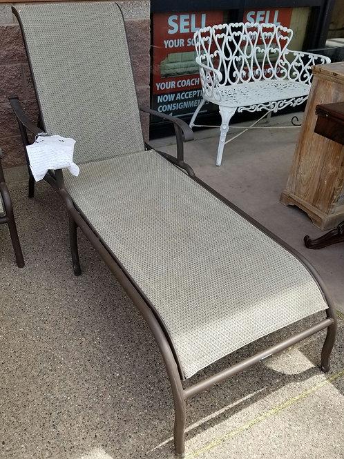 Mallin Lounge Chair