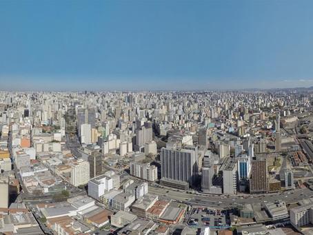 Pioneira em imagens aéreas com drone em São Paulo