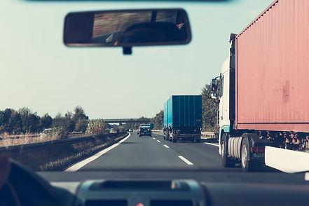 cars-road-vehicles-sky-172074.jpg