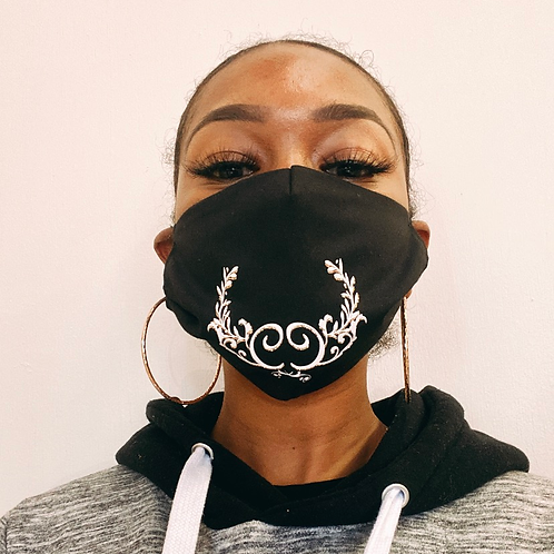 Crissy couture Logo Mask