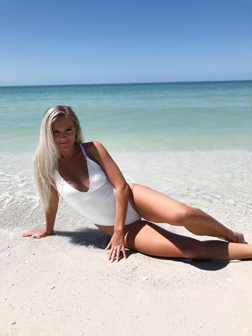 Caitlin Eliza x TOBI - 8 Beach Day Essentials