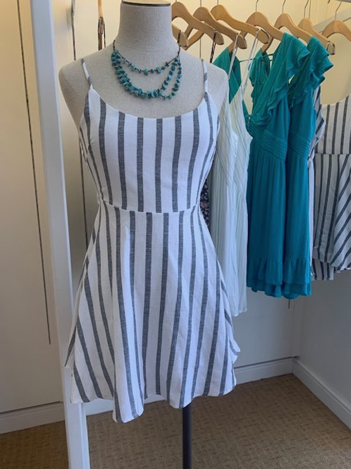Back cut out stripped dress