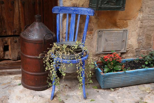 Catalunya - Blue Chair