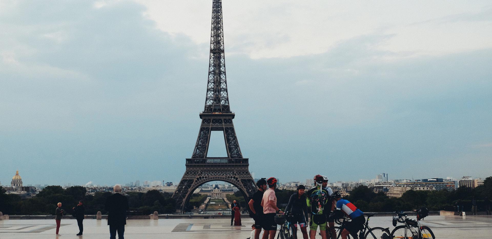 파리에서 자연스럽게 그리기 _ 가로 포스터 _ 04.jpg