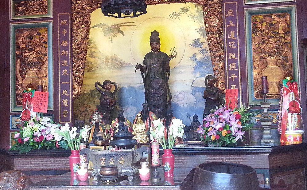 Effigy of Guanyin in the Hainan temple