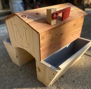 Mailbox Saddle Planter