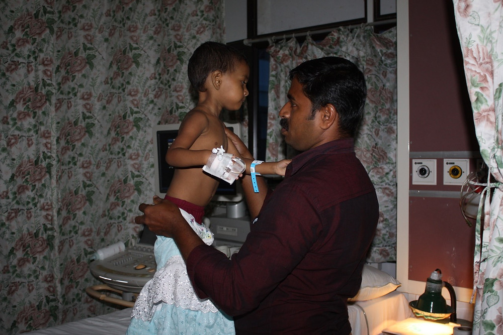 The Heart Fund - Humanitarian Mission - India - Father and child