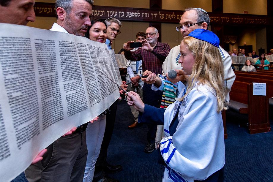Simchat Torah 2019-6961.jpg