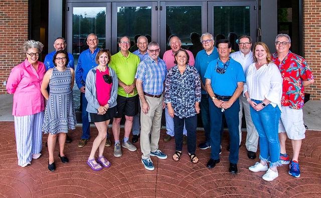 Temple Emanuel Board of Trustees 2021 0815-0312.jpg