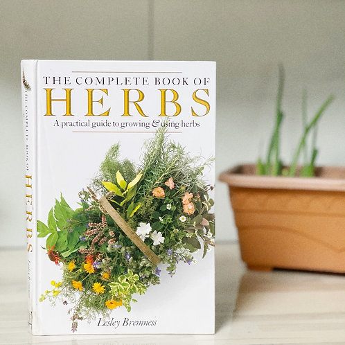 Vintage - The complete book of herbs