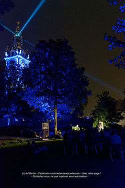 Le festival by night