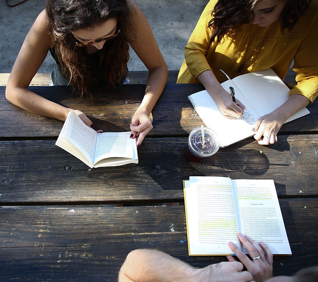 Students%20learning%20together_edited.jpg