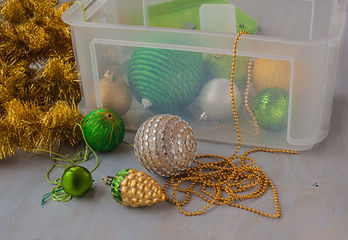 Storage Christmas tree decorations after