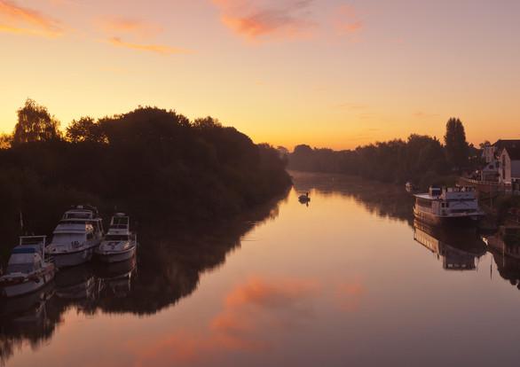18 Upton upon Severn Sunrise.jpg
