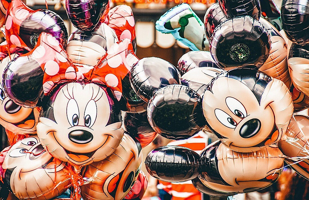Mickey and Minnie balloons at Disney World