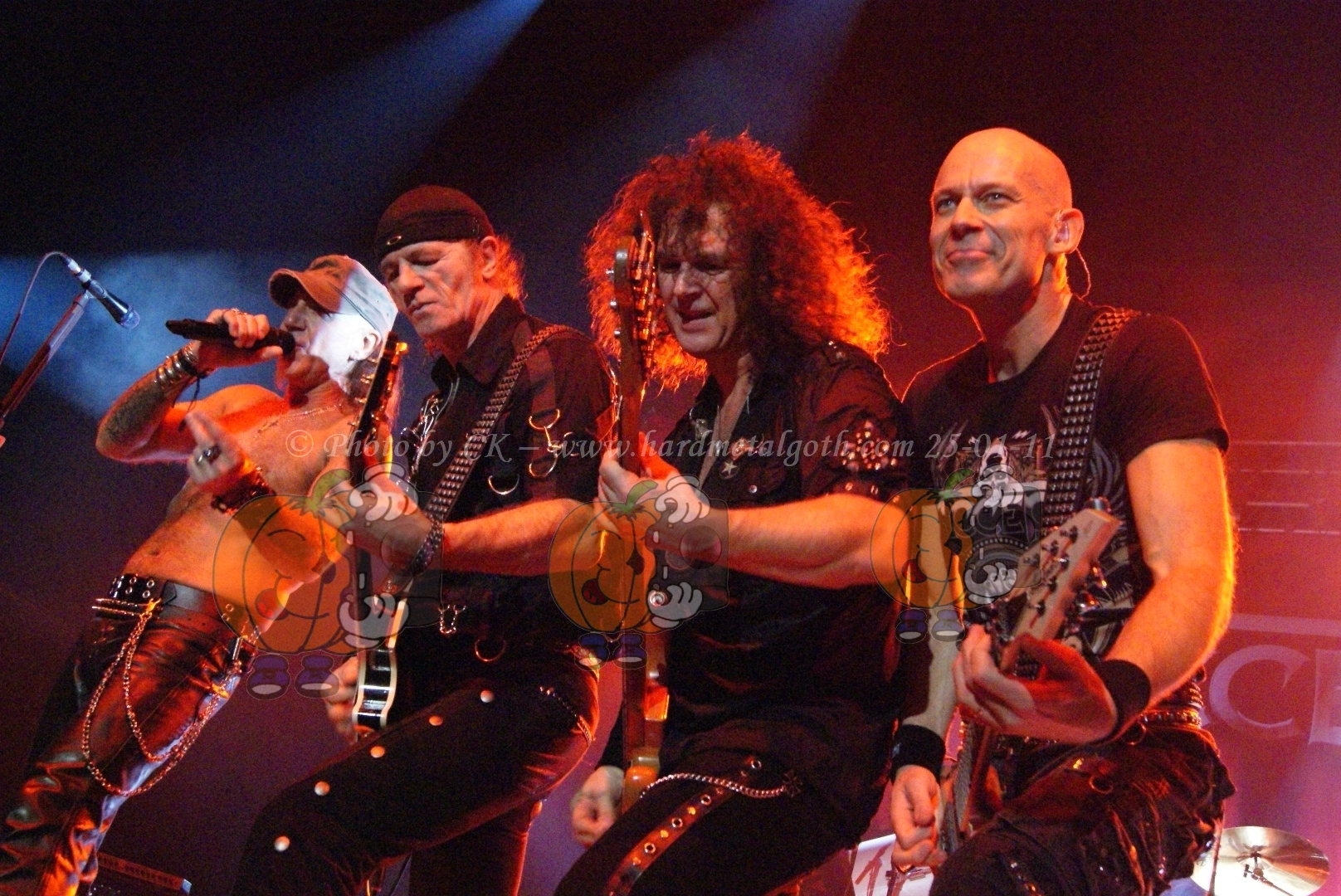 Accept-Steelwing_35.jpg