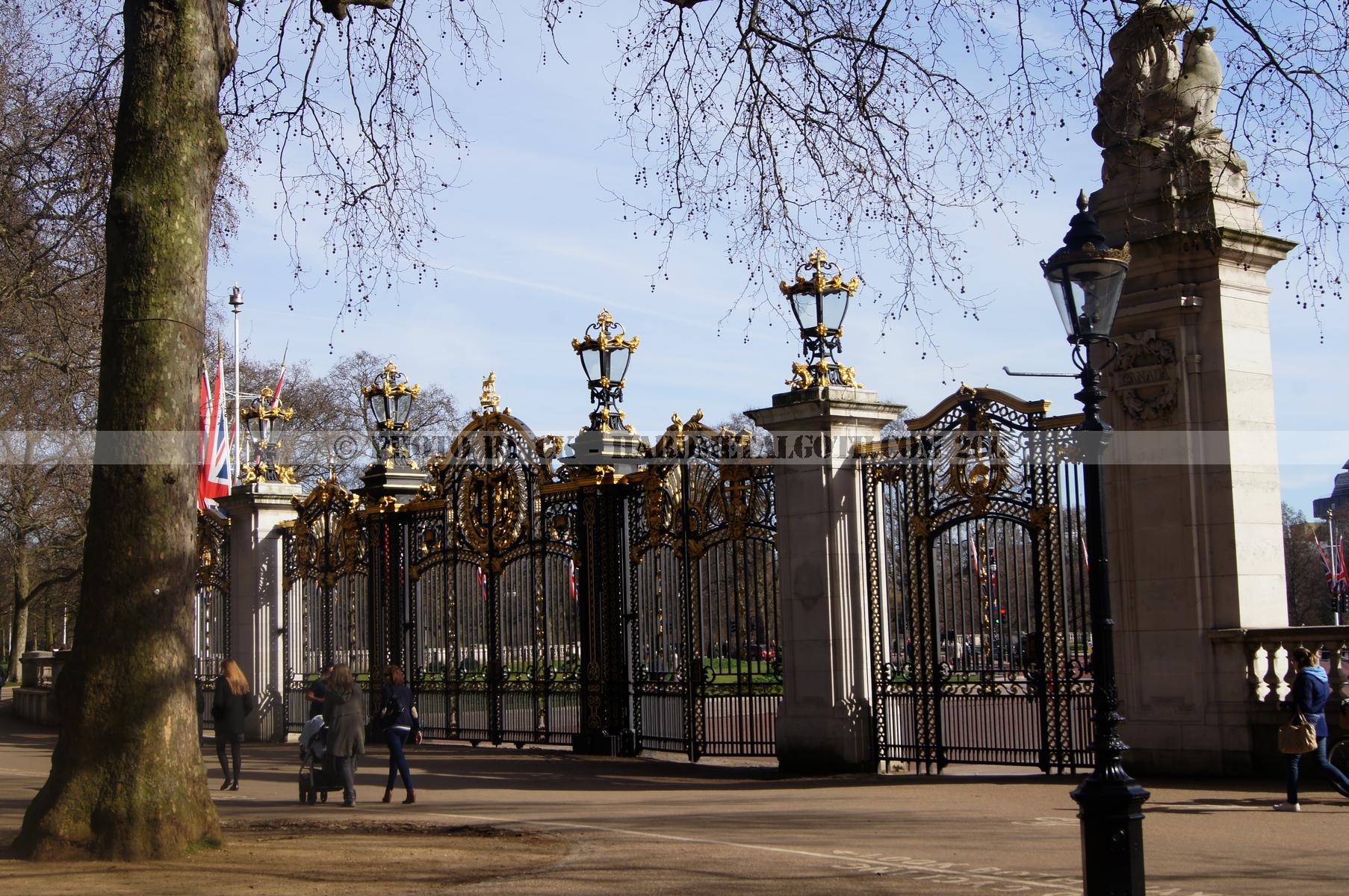 Buckingham Palace 01.jpg