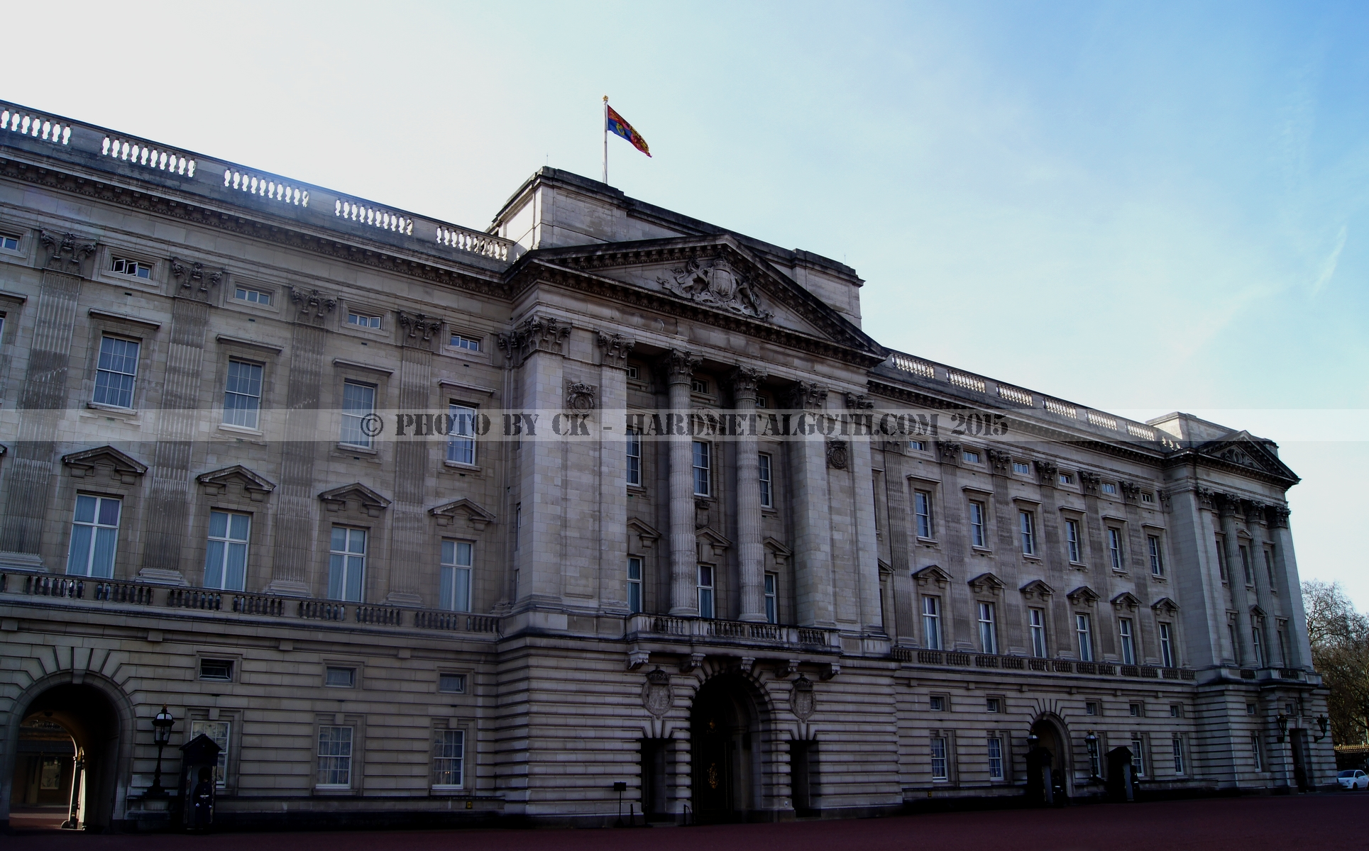Buckingham Palace 03.jpg