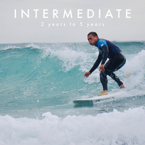 Intermediate surf lessons in Auckland