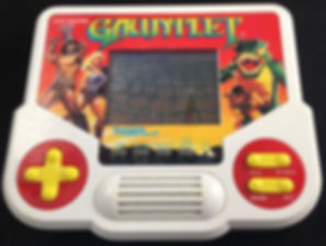 tiger lcd game sega nintendo capcom konami rgg retrogamegeeks.co.uk retrogaming gamers gaming videogames castlevania sonic megaman ninja gaiden shinobi hang on baseball paperboy street fighter streetfighter 2