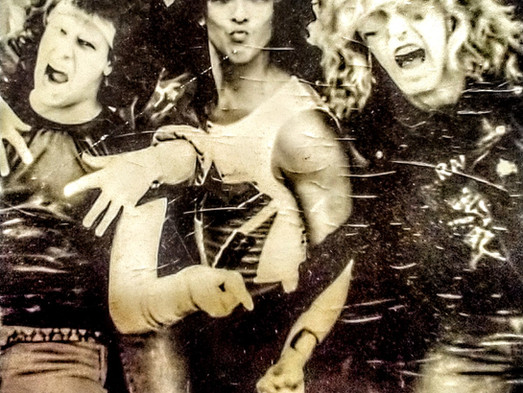 BACKSTAGE BLAST: STEPHEN PEARCY'S ORIGINAL SETLIST FROM 1983 & NEVER BEFORE SEEN PHOTOS