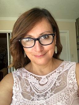 Gloria Gonzalez.jpg