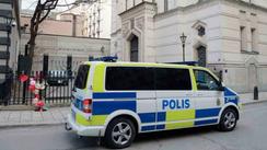 Morgan Johansson tar emot utredning om förbud mot rasistiska organisationer
