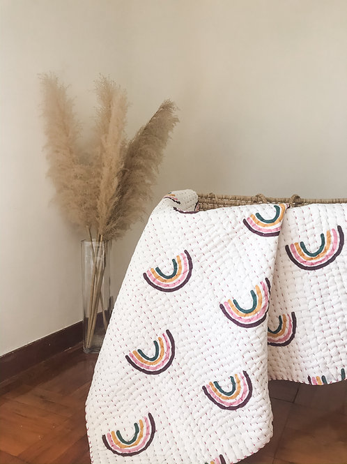 Organic handcrafted quilt 'Rainbow'
