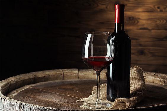שתיית יין בהבדלה